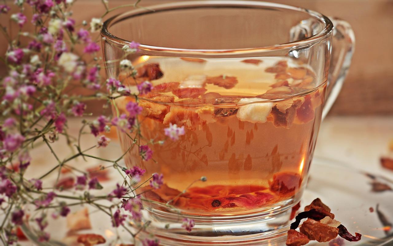 co kupić, aby jesienna herbata była zdrowa?