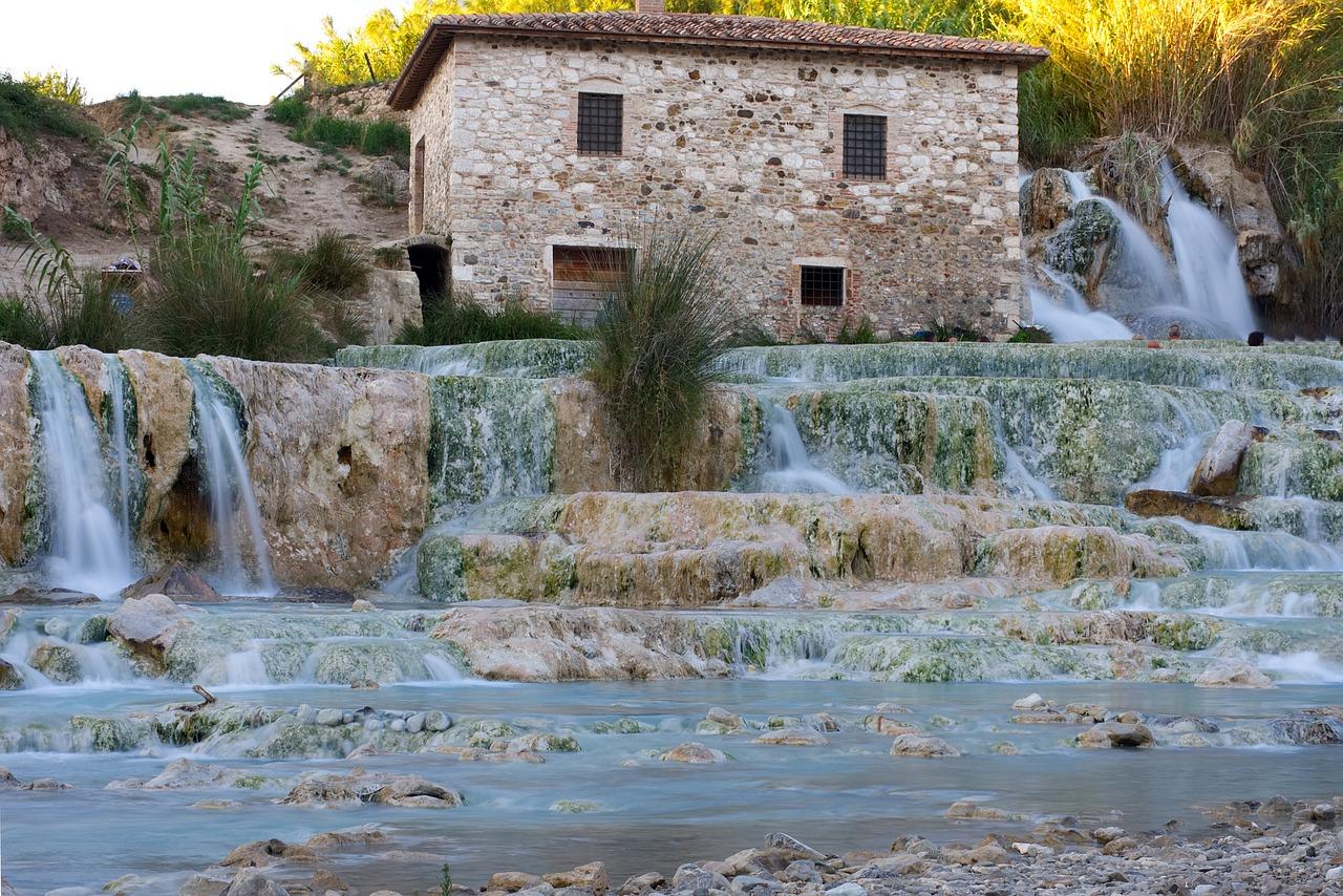woda termalna w źródle