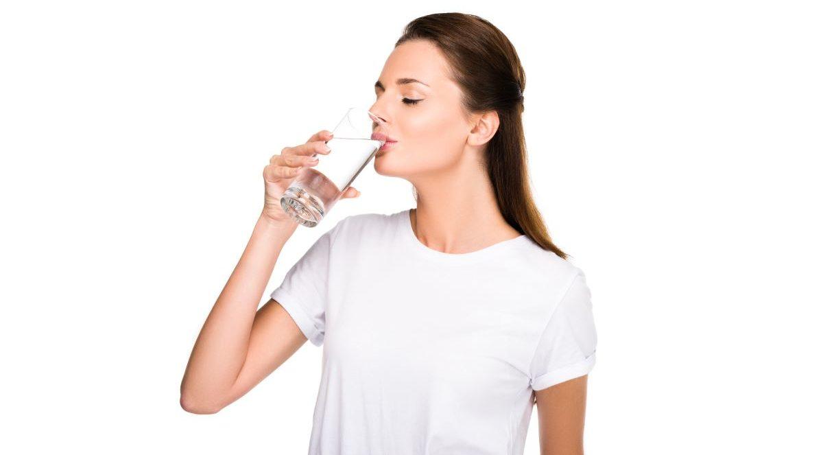 ile wody dziennie pić?